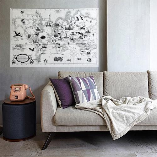 Sticker carte du monde vintage collé au mur d'une pièce à vivre