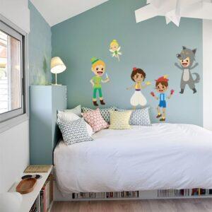 Sticker adhésif Princes des contes au dessus d'un lit pour enfant