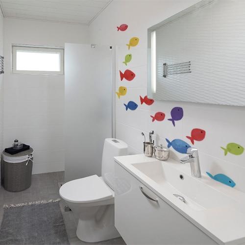 Sticker autocollant Arc en ciel avec des poissons dans une salle de bain