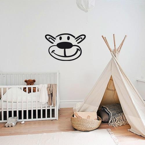 Sticker autocollant tête d'ours dans une chambre de bébé