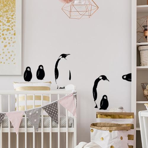 Sticker autocollant Antarctique dans une chambre d'enfant avec pingouins noir et blanc