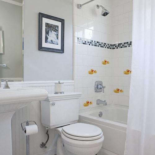 Stickers Canard Jaune et un bébé de face décoration pour carrelage de salle de bain