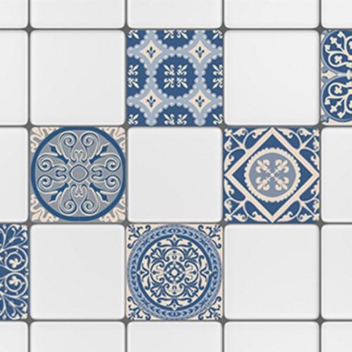 Sticker adhésif ciment bleu pour décoration carrelage blanc cuisine