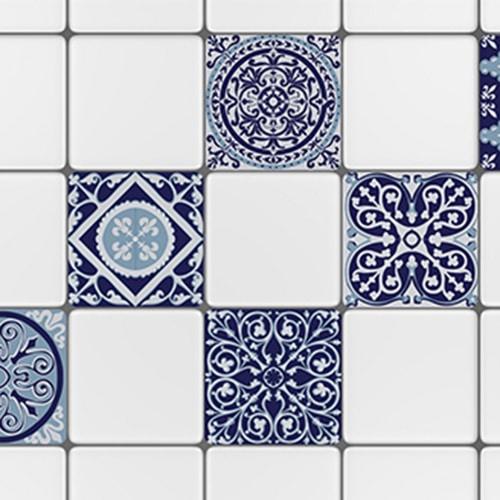 Sticker adhésif ciment gris bleu pour décoration carrelage blanc de cuisine