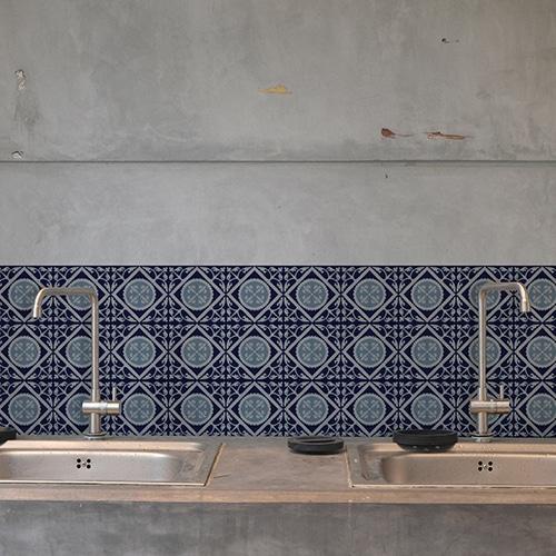 Adhésif déco ciment gris bleu pour carrelage béton gris