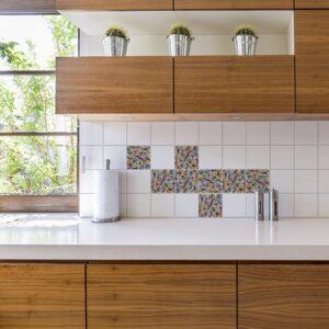 Autocollant Mosaique décoration de carrelage d'intérieur blanc pour cuisine en bois