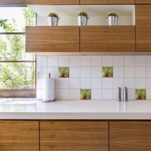Autocollant déco Légumes verts pour carrelage blanc de cuisine en bois