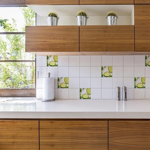 Stickers adhésif légumes verts décoration pour carrelage blanc pour cuisine en bois