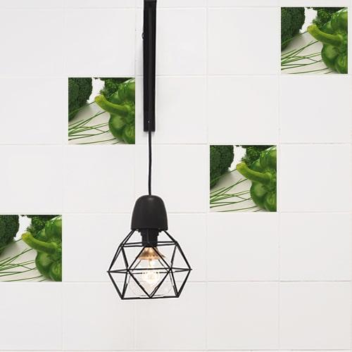 Autocollant décoration effet légumes verts pour carrelage blanc de cuisine