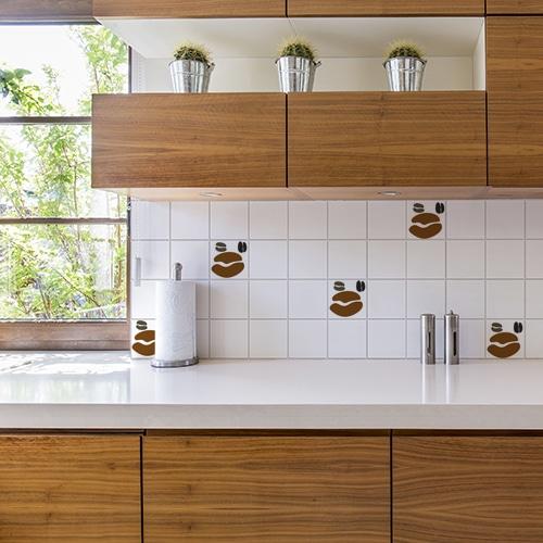 Adhésif déco Coffee Time pour carrelage blanc de cuisine en bois