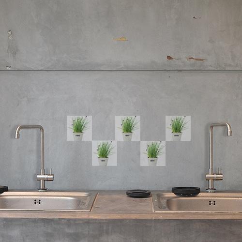 Adhésif herbes aromatiques en pot pour carrelage de cuisine gris béton
