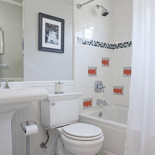 Autocollant déco d'intérieur pour carrelage Funny Dogs orange dans une salle de bain