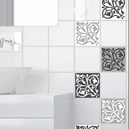 Adhésif décoration carrelage ciment baroque gris foncé et blanc pour salle de bain