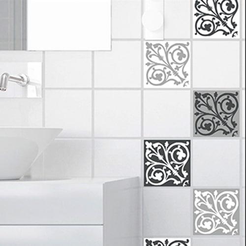 Autocollant décoration ciment baroque gris et blanc pour carrelage blanc de salle de bain