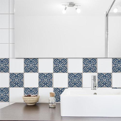 Adhésif tomar beige et bleu pour décoration de carrelage de salle de bain
