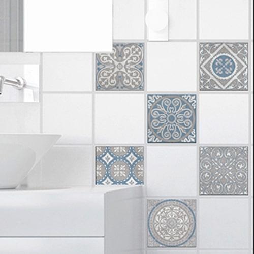 Stickers adhésif Elvas déco gris et bleu pour carrelage de salle de bain moderne