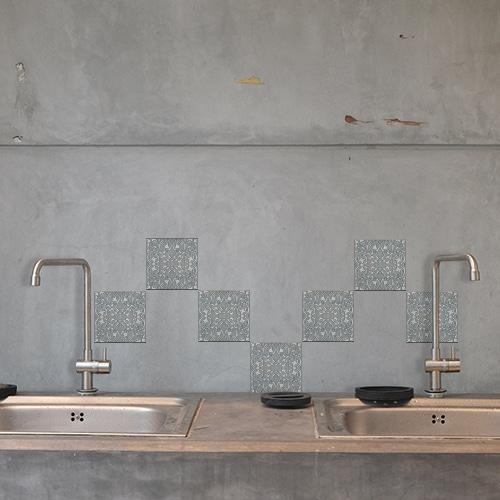 Adhésif Elvas bleu et gris pour décoration de carrelage en béton gris