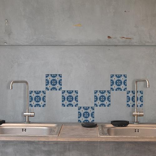 Stickers adhésif Acores bleu et blanc décoration pour carrelage en béton gris de cuisine