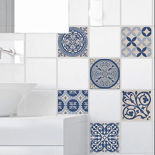Stickers autocollant pour carrelage blanc Acores bleu et blanc pour décoration de salle de bain moderne