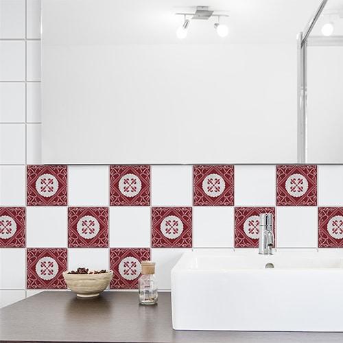 Adhésif déco intérieur Olhao gris et rouge pour carrelage blanc de salle de bain