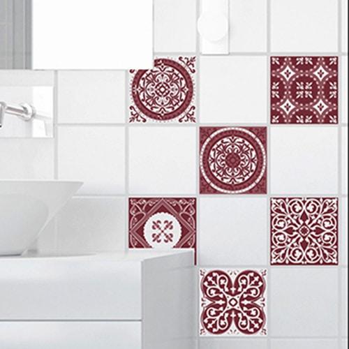 Adhésif décoration imitation ciment couleur rouge pour carrelage blanc de salle de bain