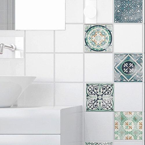 Autocollant déco intérieur Antico Evora gris pour carrelage blanc de salle de bain moderne