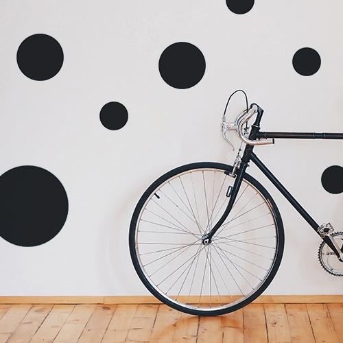Adhésif pour mur blanc de salon sticker rond noir pour déco