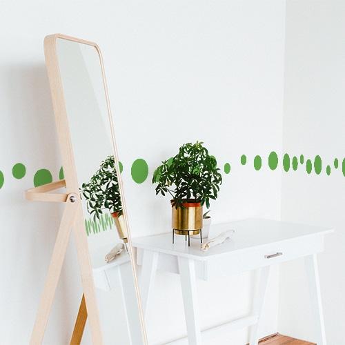 Sticker autocollant rond vert pour mur blanc de bureau