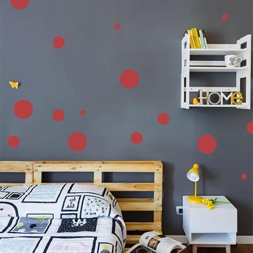 Sticker déco autocollant rond rouge pour mur foncé de chambre d'enfant