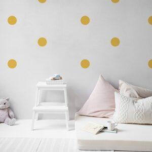Sticker autocollant déco de mur blanc dans une chambre d'enfant sticker rond jaune