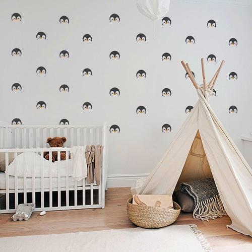 Adhésif sticker tête de pingouin décoration chambre d'enfant mur gris
