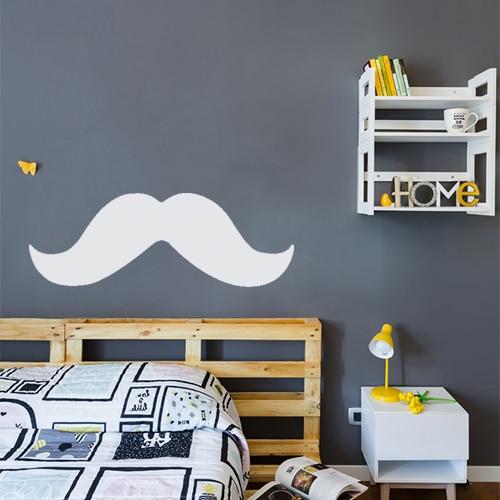 Sticker autocollant moustache grise au mur d'une chambre
