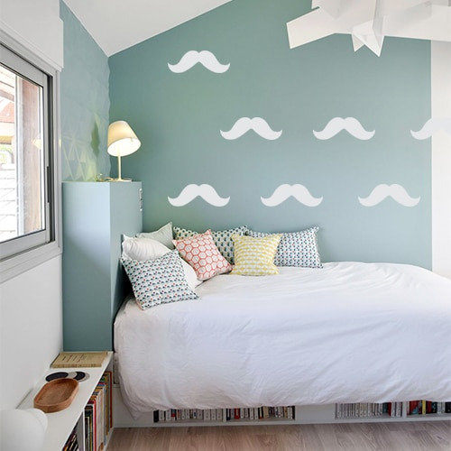 Frise de sticker moustache grise dans une chambre