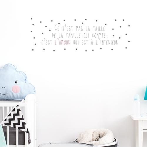 Adhésif déco chambre d'enfant citation texte sur la famille et l'amour