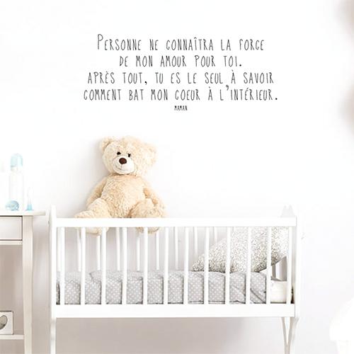 Autocollant décoration chambre d'enfant citation sur la force de l'amour