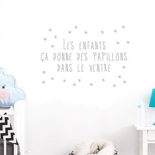 Autocollant gris citation décoration sur les papillons pour enfants