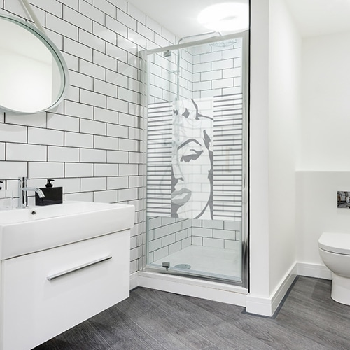 Sticker paroi de douche pour la salle de bain Maryline