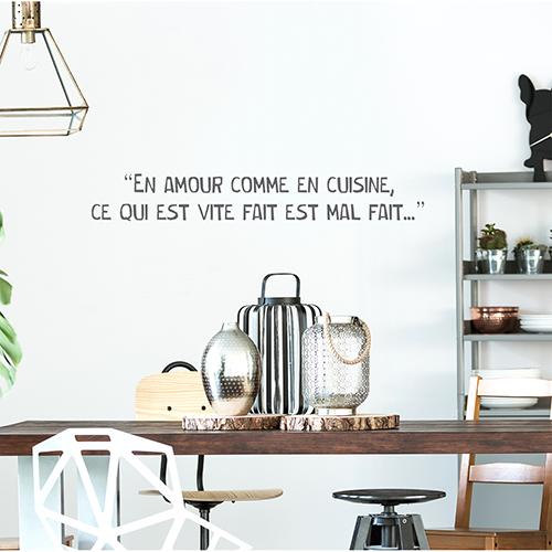 Sticker Amour cuisine déco au dessus d'une table dans une salle à manger