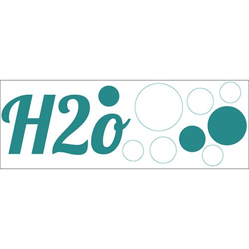 Sticker décoratif H20 bleu à coller dans une salle de bain