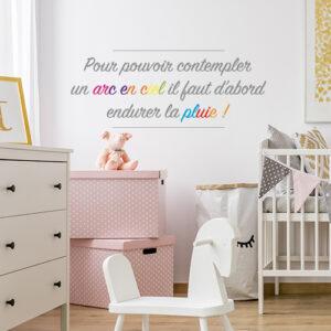 Sticker autocollant Arc en ciel dans une chambre de bébé