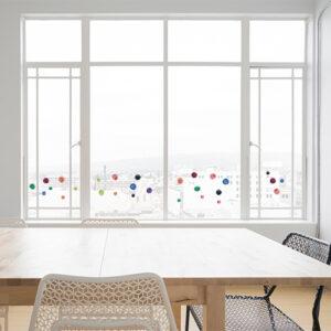 Sticker pour fenetre ronds aquarelle sur baie vitrée déco électrostatique facile à poser.