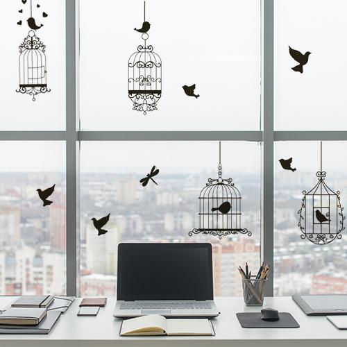 Bureau et fenêtre personnalisées avec des stickers électrostatiques pour vitres cages à oiseaux.