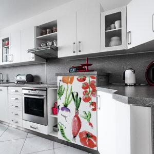 """Cuisine moderne avec sticker pour mini frigo """"Légumes aquarelle"""""""