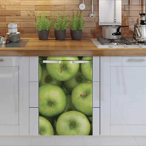 Sticker électroménager pomme lave vaisselle dans cuisine en bois