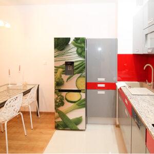 Adhésif décoration frigo légumes verts pour cuisine rouge moderne