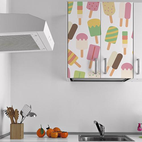 Placard mural décoré avec un sticker adhésif mosaïque de sorbets