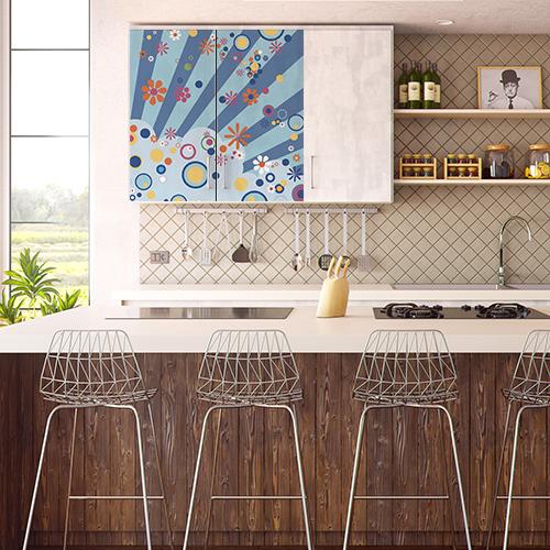 Sticker modèle Flashy collé sur une porte de placard de cuisine
