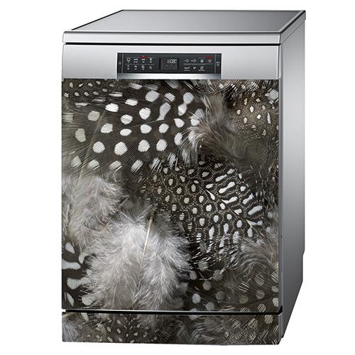 Lave vaisselle classique décoré avec des plumes d'oiseau autocollante