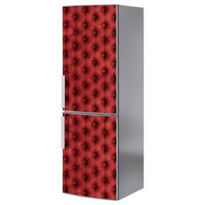 Autocollant rouge adhésif imitation capiton collé sur un frigo