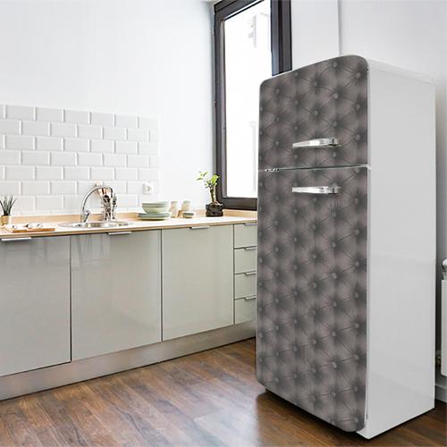 Grand frigo original moderne décoré avec un sticker autocollant modèle capiton gris